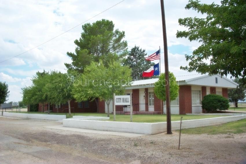 City Hall Dell City