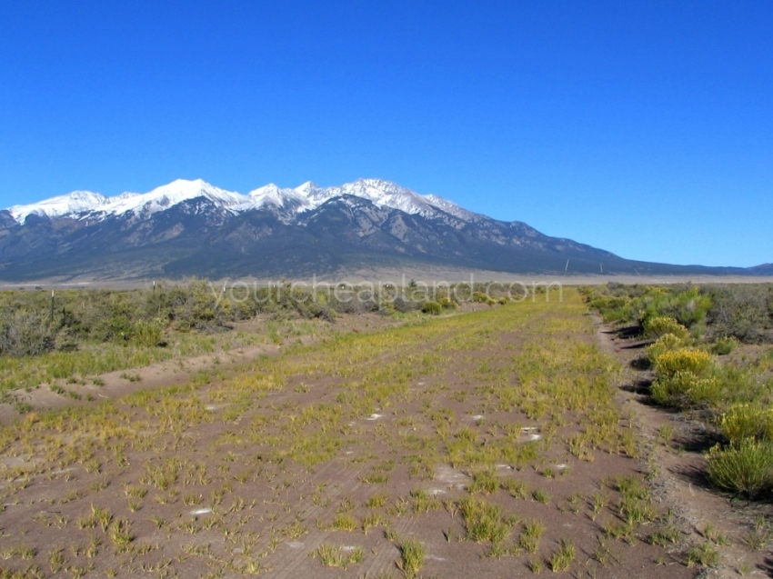Land with mountain views for sale